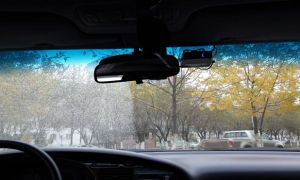 Как выбрать лучший антизапотеватель для автомобильных стекол