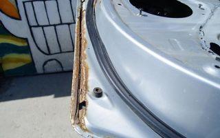 Особенности обработки внутренних полостей дверей автомобиля от коррозии