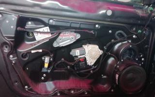 Как разобрать дверь Volkswagen Passat B5 и отремонтировать замок