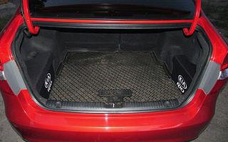 Объем и размеры багажника Kia Rio разных поколений
