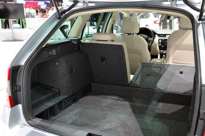 размеры багажника октавия