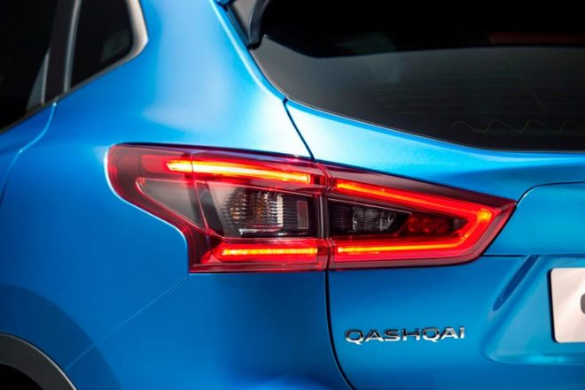 Nissan-Qashqai-2018-15