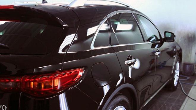 Авто-покрытое-жидким-стеклом