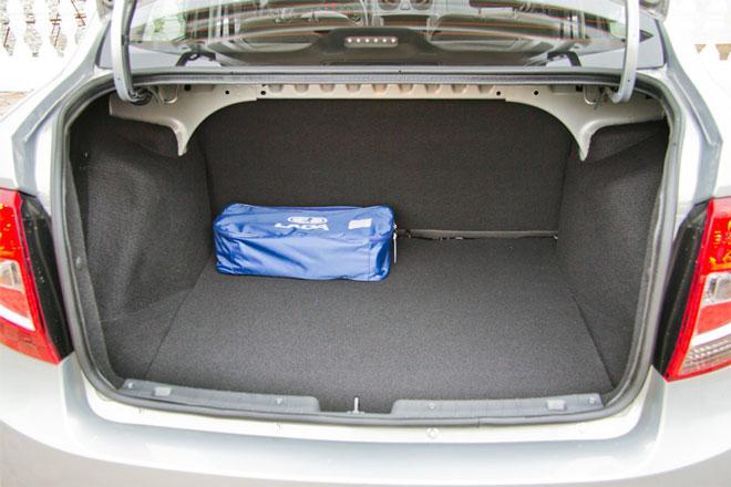 багажник-седана-Гранта