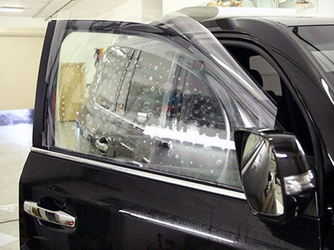 бронирование-стекол-автомобиля