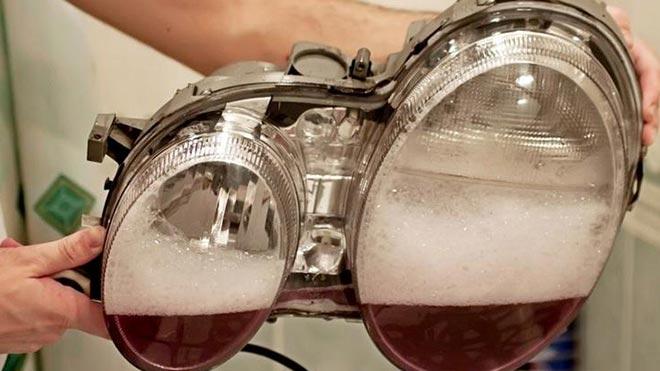 Использование средства для мытья посуды