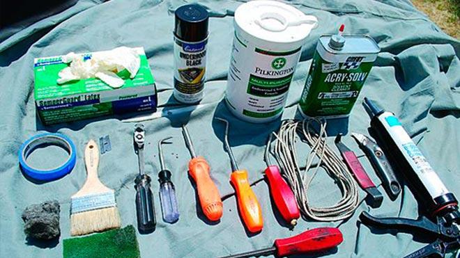 Набор инструментов для ремонта ветровых щитков