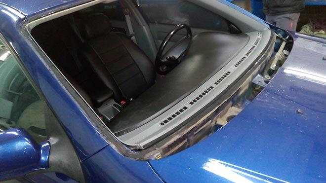 Машина без автостекла