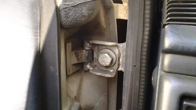 Дверное крепление